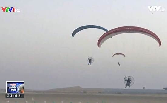 Biểu diễn dù bay tại Saudi Arabia