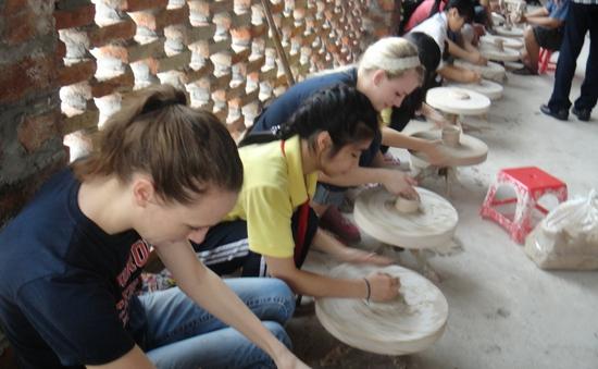 Thách thức phát triển du lịch làng nghề Hà Nội