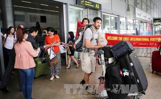 Việt Nam gia hạn 1 năm miễn thị thực cho 5 nước Tây Âu