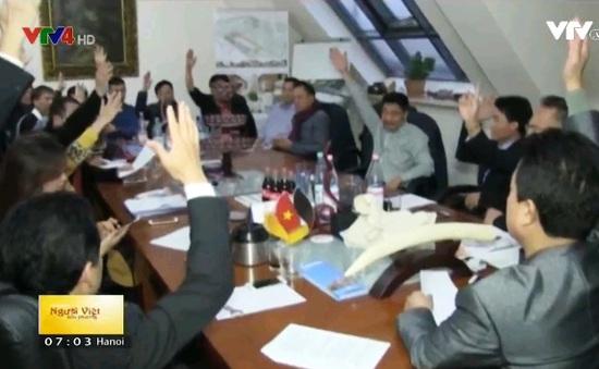 Kiều bào tại Đức ủng hộ 4 tỉnh miền Trung 128.211 Euro