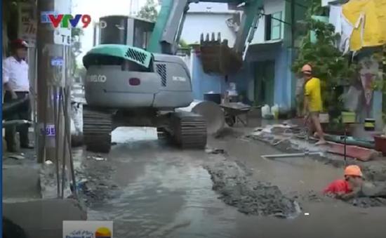 TP.HCM: Khắc phục thoát nước con đường bị ngập 24h