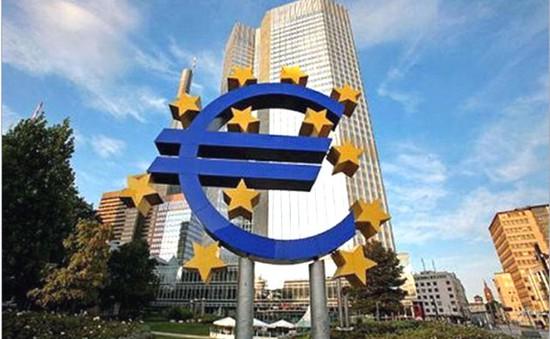 ECB vẫn giữ nguyễn lãi suất cơ bản ở mức thấp kỷ lục