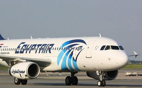 Vụ bắt cóc máy bay Ai Cập: Không tặc đầu hàng, toàn bộ con tin an toàn