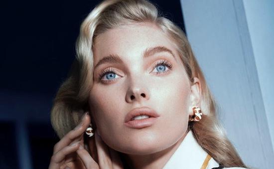 """Thiên thần Victoria's Secret """"gây mê"""" người xem bằng ánh mắt xanh thăm thẳm"""