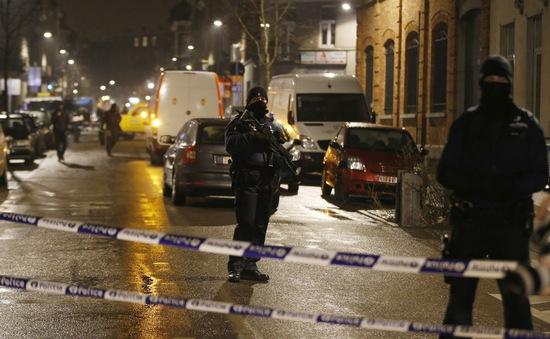 Bỉ tiếp tục truy lùng nghi can khủng bố