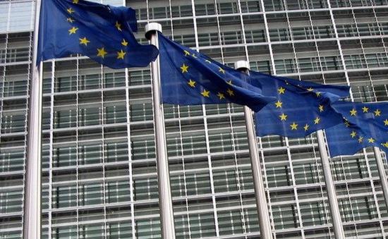 EU hủy trừng phạt Tây Ban Nha và Bồ Đào Nha dù chi tiêu quá mức