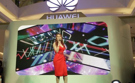 Mỹ Tâm là đại sứ smartphone của Huawei