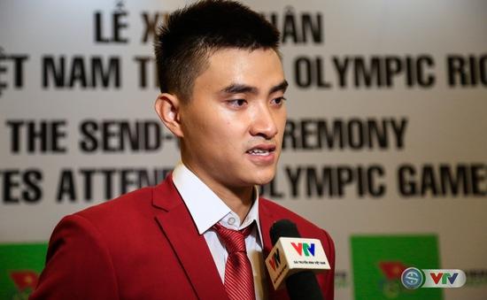 Vũ Thành An - VĐV cầm cờ cho Đoàn Thể thao Việt Nam tại Olympic Rio 2016