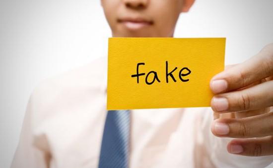 """Nhái từ thực phẩm đến thời trang: Hàng fake đang """"lên ngôi""""?"""