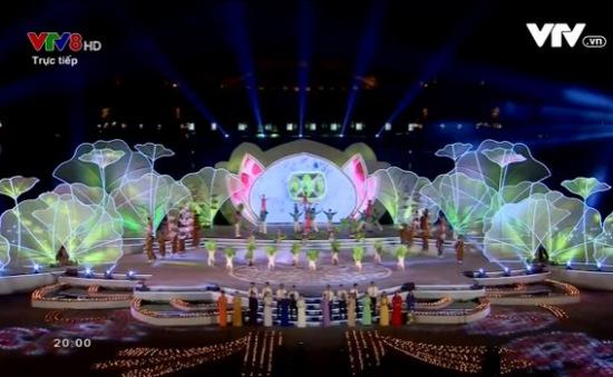 [VIDEO] Lễ bế mạc Festival Huế 2016: Chương trình nghệ thuật rực sáng Cố đô