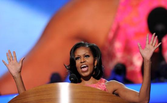Không chỉ Tổng thống Obama, bà Michelle cũng là nhà diễn thuyết đầy cảm hứng