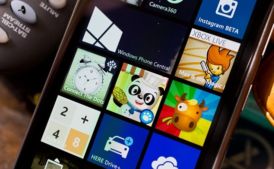 Microsoft loại bỏ tính năng tạo góc chơi cho trẻ trên Windows 10 Mobile