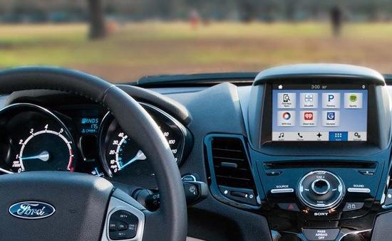 Qualcomm công bố nền tảng kết nối mới dành cho xe hơi