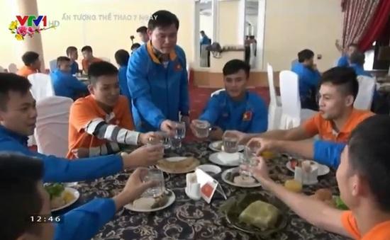 Những đội bóng Việt Nam phải đón Tết xa quê vì màu cờ sắc áo