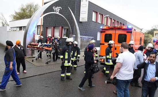 Bắt 2 đối tượng đánh bom đền thờ người Sikh ở Đức