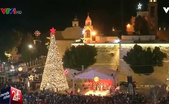 Hàng triệu người dân trên khắp thế giới tưng bừng đón Giáng sinh