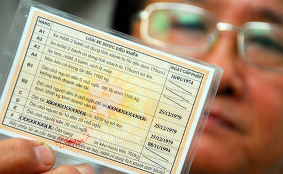 Từ tháng 5, có thể đối giấy phép lái xe ở các bưu cục của Viettel