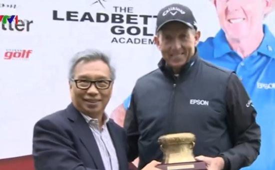 HLV golf David Leadbetter tới Hà Nội