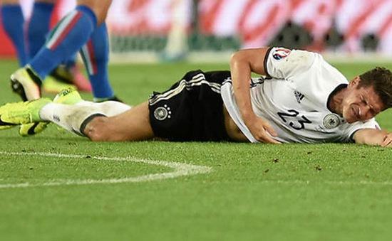 Hàng loạt ngôi sao nguy cơ vắng mặt ở bán kết EURO 2016