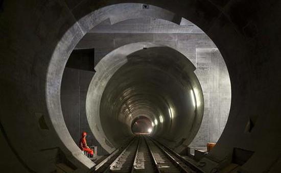 Thụy Sĩ chuẩn bị khánh thành đường hầm tàu hỏa dài nhất thế giới