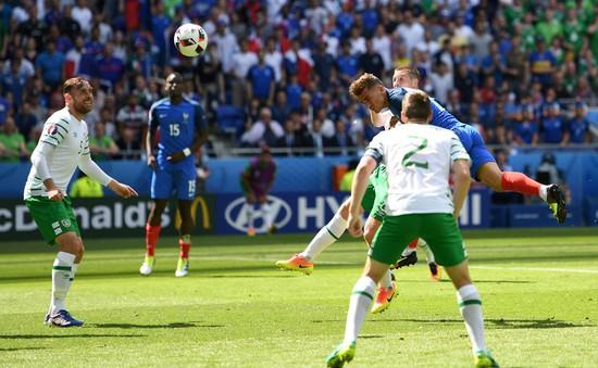 VIDEO EURO 2016: Griezmann đánh đầu tuyệt đẹp, cân bằng tỷ số ở phút 57