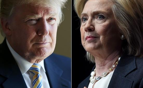 """Bầu cử Tổng thống Mỹ: Khẩu chiến về """"quân bài phụ nữ"""""""
