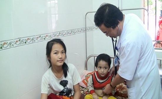 Kịp thời cứu 2 em nhỏ bị lũ cuốn trôi ở Hà Tĩnh