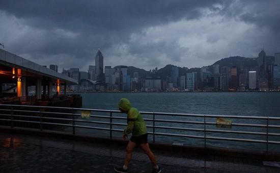 Bão Haima quét qua Hong Kong (Trung Quốc)