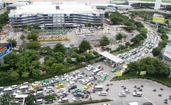 TP.HCM lùi việc cấm xe tải trên đường Trường Sơn