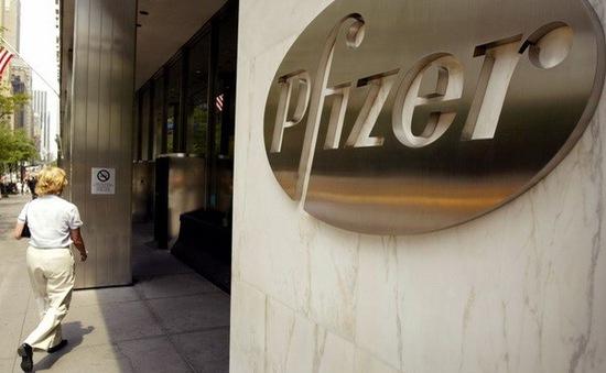"""""""Đại gia"""" dược phẩm Pfizer chi 14 tỷ USD thâu tóm Medivation"""