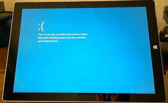 """Hàng loại Surface Pro 3 dính lỗi """"màn hình xanh chết chóc"""""""