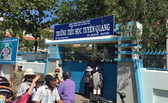 Cháy lớn cạnh trường Tiểu học tại Phan Thiết