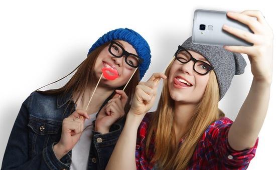 Huawei Honor 5C ra mắt: 5,2 inch, RAM 2GB, pin 3.000 mAh, giá từ 140 USD