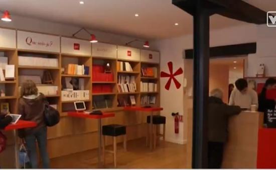 Hiệu sách in theo yêu cầu hút khách ở Paris, Pháp