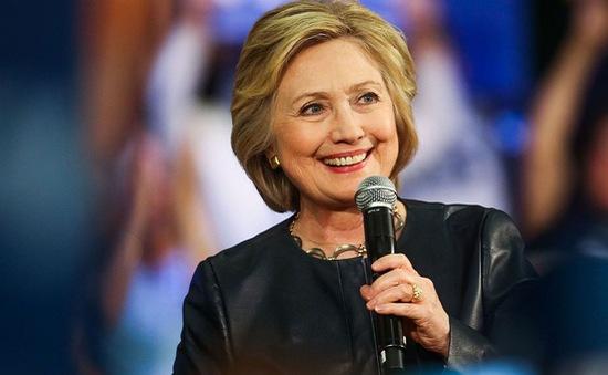 Bà Hillary Clinton thấy sức khỏe đã tốt hơn
