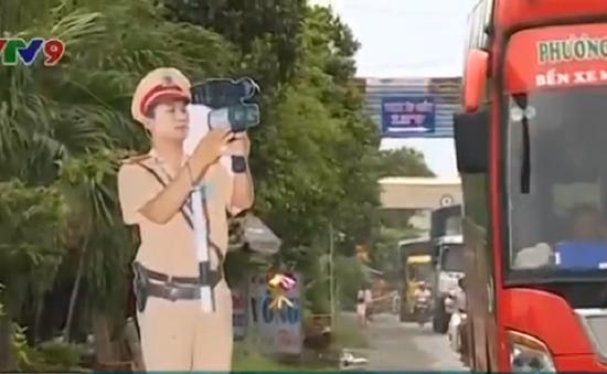 Thành phố Cần Thơ dọn hình nộm cảnh sát giao thông