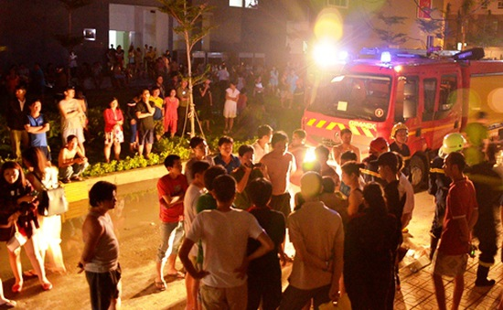 TP.HCM: Cháy chung cư HQC Plaza, cư dân hoảng loạn