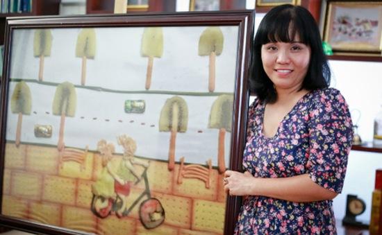 """""""Vẽ"""" tranh từ đồ ăn - Nét nghệ thuật mới lạ ở Việt Nam"""