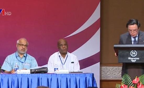 Các Đảng Cộng sản và công nhân quốc tế gặp gỡ tại Hà Nội