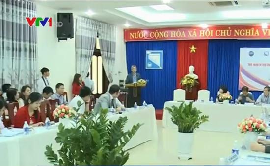 Nhiều nhà kinh tế học nổi tiếng tham gia hội thảo tại Đà Nẵng