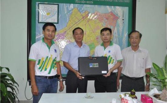 Hỗ trợ máy đo nồng độ mặn cho các tỉnh phía Nam