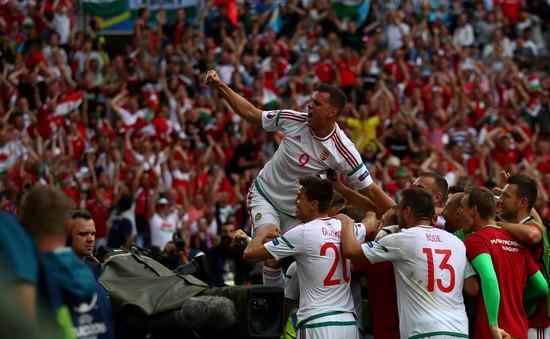 VIDEO EURO 2016, Iceland 1-1 Hungary: Thành quả phút cuối!