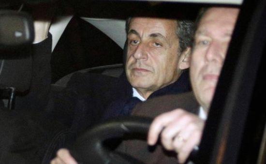 Cựu Tổng thống Pháp bị điều tra vì gian lận tài chính
