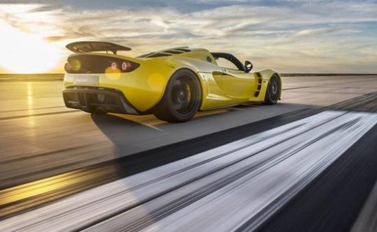 Chi 1,3 triệu USD để sở hữu xe mui trần nhanh chạy nhất thế giới