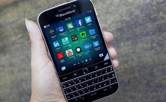 """Doanh số bết bát, Blackberry """"khai tử"""" Blackberry Classic"""