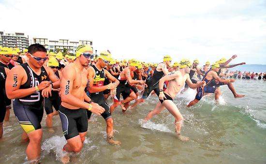 Hơn 1.100 VĐV thế giới tham gia VNG Ironman 70.3 Việt Nam 2016