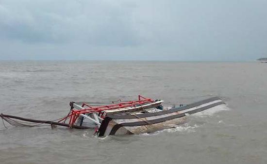 Đã trục vớt được 7 tàu bị chìm do áp thấp nhiệt đới tại Bình Thuận