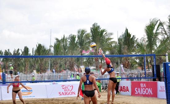 Bóng chuyền nữ châu Á: Việt Nam 3 giành vé vào tứ kết