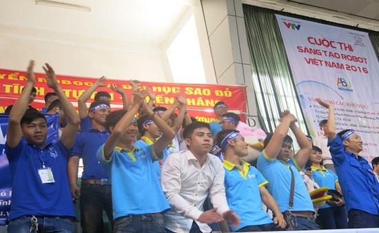 CĐV Robocon Việt Nam hào hứng với những trận đấu đầu tiên vòng loại phía Bắc