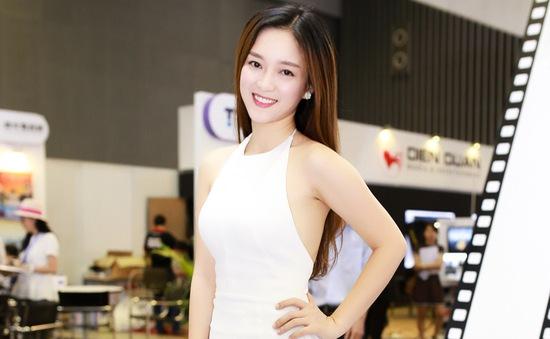 Đinh Hương: Làm việc chăm chỉ và nghỉ Tết đúng 4 ngày